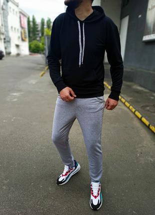 Мужской спортивный костюм серый чёрный