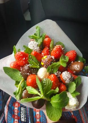 Полуничний букет (Букеты из клубники в шоколаде), фруктовый букет