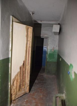 Нежитлове підвальне приміщення 147,3 кв.м м Яготин вул. Незале...
