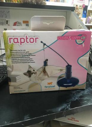 Электронная игрушка для питомцев