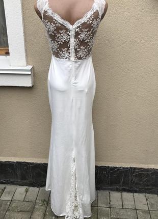 Красивое,белое платье,сарафан со шлейфом,открытая,кружевная сп...