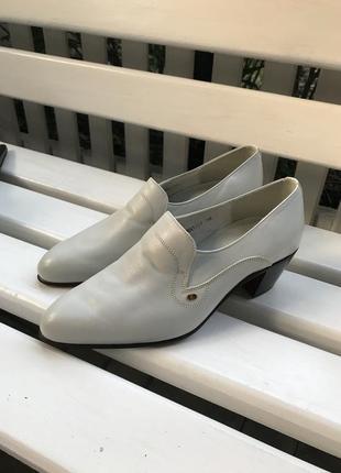 Винтаж,брендовые,люксовые туфли,полностью кожа 100%,40р/26см, ...