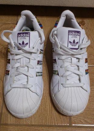 Кроссовки женские белые adidas originals superstar the farm bb...