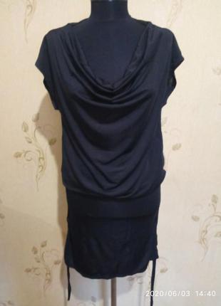 Короткое платье классного фасона