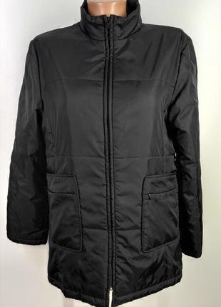 Куртка на легкому синтепоні розмір  38-40