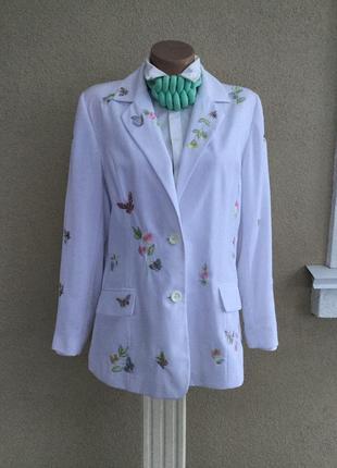 Красивый,белый,нарядный жакет,пиджак с вышивкой,блейзер,большо...