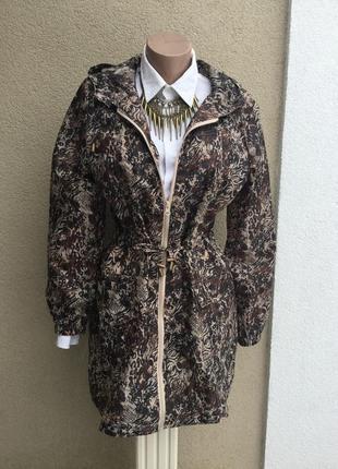 Плащ,тренч,дождевик,куртка,ветровка с капюшоном,парка в принт,...