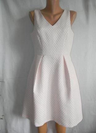 Нежное новое красивое платье f&f