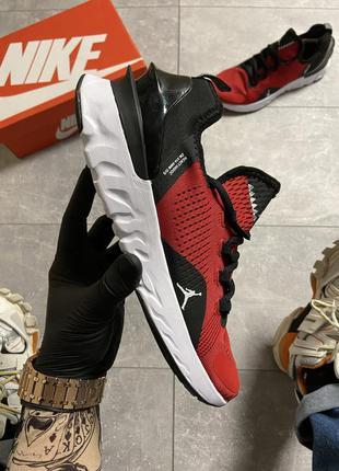 Мужские красные кроссовки nike air jordan react havoc gym red.