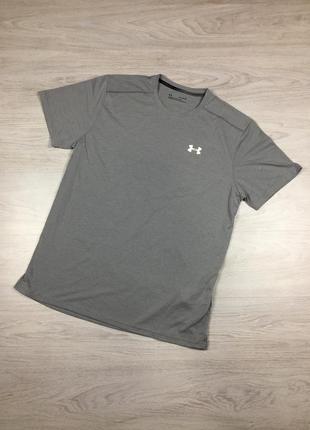 Крутая фирменная футболка under armour! nike pro asics reebok