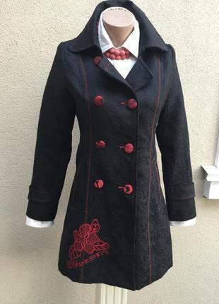 Фактурное,чёрное пальто с красной вышивкой,тренч,плащ,хлопок,d...
