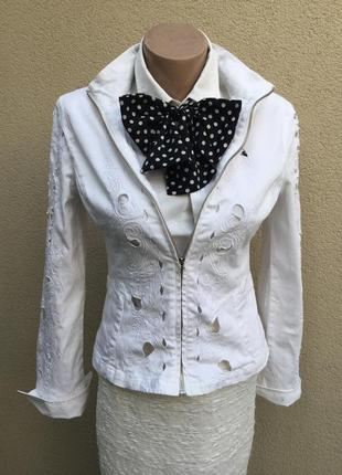 Винтаж,белый джинс жакет,пиджак,куртка с вышивкой,блейзер,люкс...