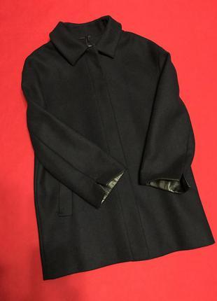 Лаконичное  пальто синего цвета из шерсти