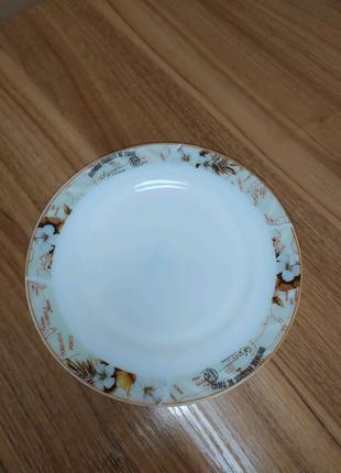 Набор тарелок
