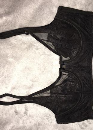 Бюстгальтер Victoria's Secret 32D