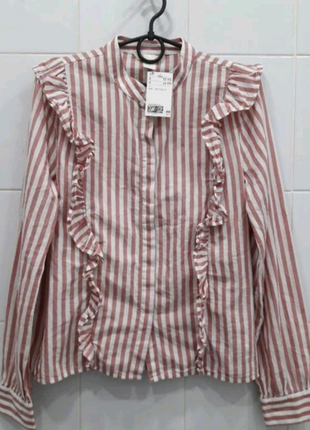 Натуральная хлопковая рубашка блуза с рюшами в полоску.