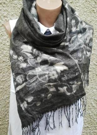 Красивый двухсторонний шарф в цветы, германия