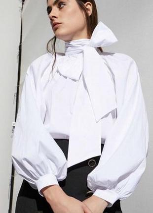 Белая хлопковая рубашка с бантом