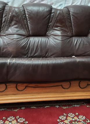 Кожаный диван + диван +кресло