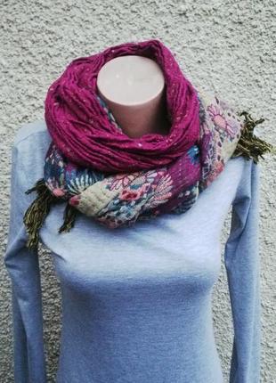 Красивый,большой,двухсторонний теплый шарф с бахромой.(шерсть,...
