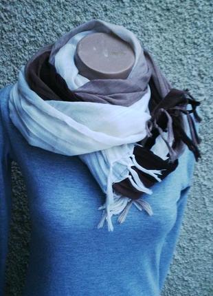 Красивый,большой  шарф-амбре (переход от белого цвета ,до всех...