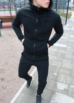 Мужской спортивный костюм чёрный