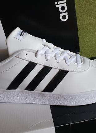 Оригинал ! Классические кроссовки Adidas р-р 37 - 38