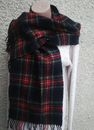 Шерстяной шарф в клетку с бахромой