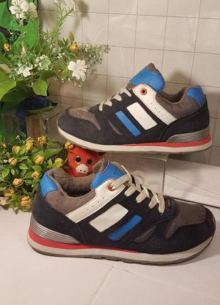 Детские кроссовки 35 размер