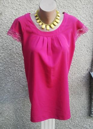 Блузка с кружевом большого размера