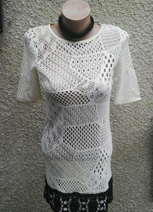 Трикотажное(вязанное)ажурное,кружевное платье с люрексовой отд...