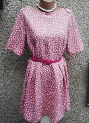 Розовое платье в горохи(цветы) с внутренними карманами по бока...