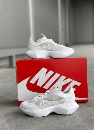 Шикарные белые кроссовки nike