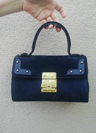 Очень красивая,маленькая,винтажная сумочка на короткой ручке(к...