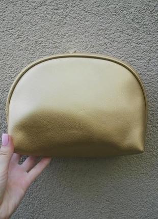 Новая,большая,золотая косметичка,кож.зам, франция