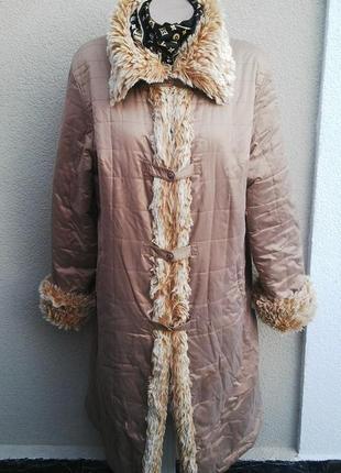 Теплое пальто,пуховик с меховой окантовкой большой размер.
