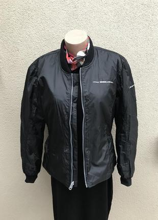 Красивая,стильная ,черная куртка,ветровка,бомбер удлиненный,ав...