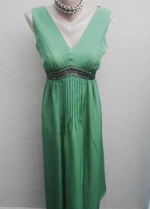 Шелковое,легкое,воздушное,вечернее платье с апликацией по груд...