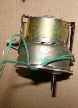 Двигатель шашлычницы Таврия, электродвигатель электрошашлычницы