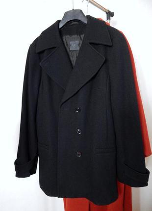 Шикарное брендовое укороченное пальто с трендовым большим воро...