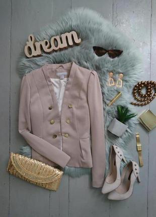 Базовый приталенный трикотажный пиджак №20