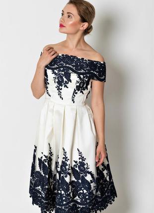 Фирменное невероятное кремовое ажурное платье-миди с👗открытые ...