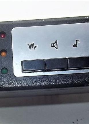 Автомобильная радиостанция TELECAR TE-450.