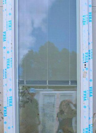 ПРОДАМ ТЕРМІНОВО! Балконні двері, Veka 82, колір білий