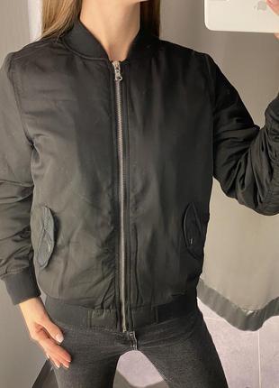 Утеплённый бомбер куртка ветровка amisu fb sister