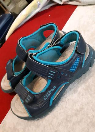 Босоножки,  сандали clibee