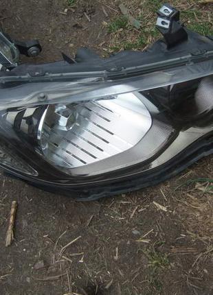Фара передняя R xenon комплектная Honda Civic 4D Хонда цивик сиви