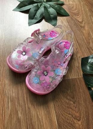 Крутые сандали босоножки силикон 25-26 размер