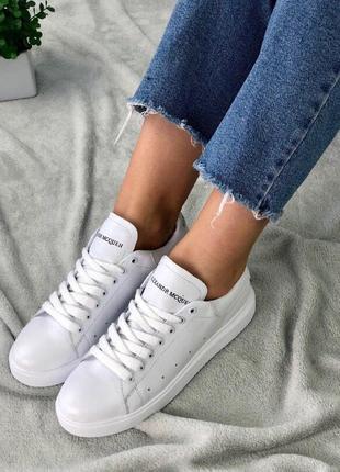 Белые кожаные кеды alexander mcquen,стильные белые кроссовки a...