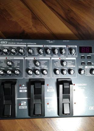 Процесор ефектів для гітари Boss ME-80